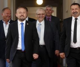 Domovinska koalicija predaja lista